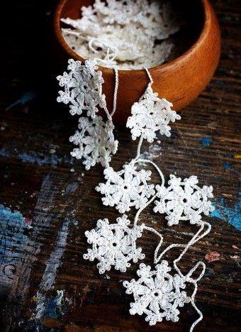 DIY Santa Garland Crochet Free Pattern for 2015 Christmas - Christmas Decor, Bamboo Basket, Grid Bag - LoveItSoMuch.com