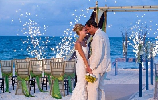 Destination Wedding at the Moon Palace http://nowdestinations.com/destinations/resorts/moon-palace-hotel - Destination Wedding - Photo Galle...