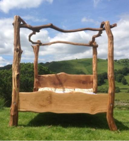 Træ seng