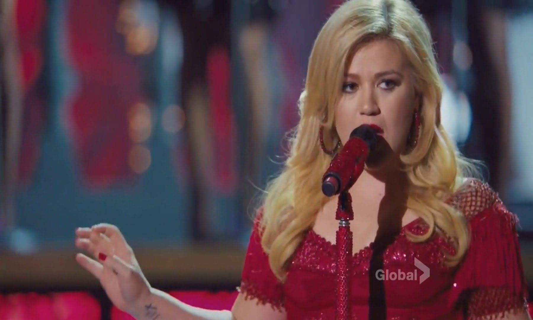 Kelly Clarkson - Run Run Rudolph (Cautionary Christmas Music Tale ...