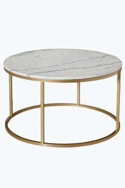 Ellos Home Accent-sohvapöytä,  ø 85 cm Pyöreä sohvapöytä, jonka pöytälevy marmoria ja runko metallia. Marmori on luonnonmateriaali, ja tuotteiden koossa, värissä ja mallissa voi esiintyä pientä vaihtelua. ø 85 cm. Korkeus 48 cm. Toimitetaan osissa. Rahtipaino 45 kg. <br><br>Tarkista rahtimaksu Toimitus-välilehdeltä.<br><br><br>Marmorin hoito<br>Kiven perussuojaksi suosittelemme marmorinkiillotusainetta, jota voi ostaa hyvin varustetuista maalikaupoista. Sivele ohut kerros ainetta kiven…