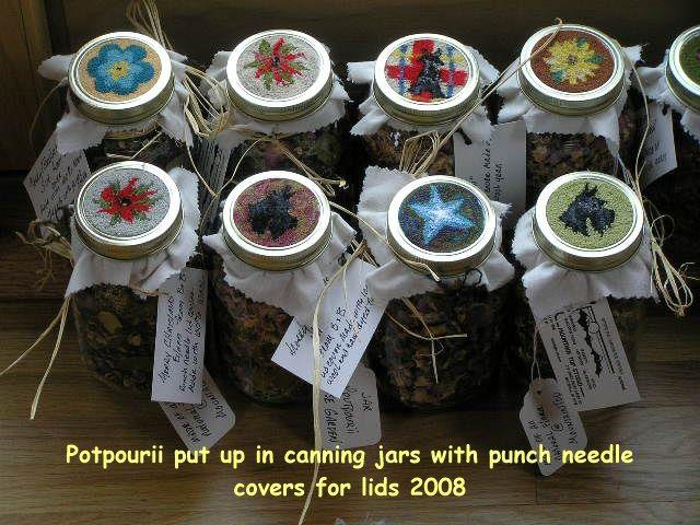 Christmas Mason Jar Lid Punch Needle Pattern Google Search Punch Needle Punch Needle Patterns Punch Needle Embroidery