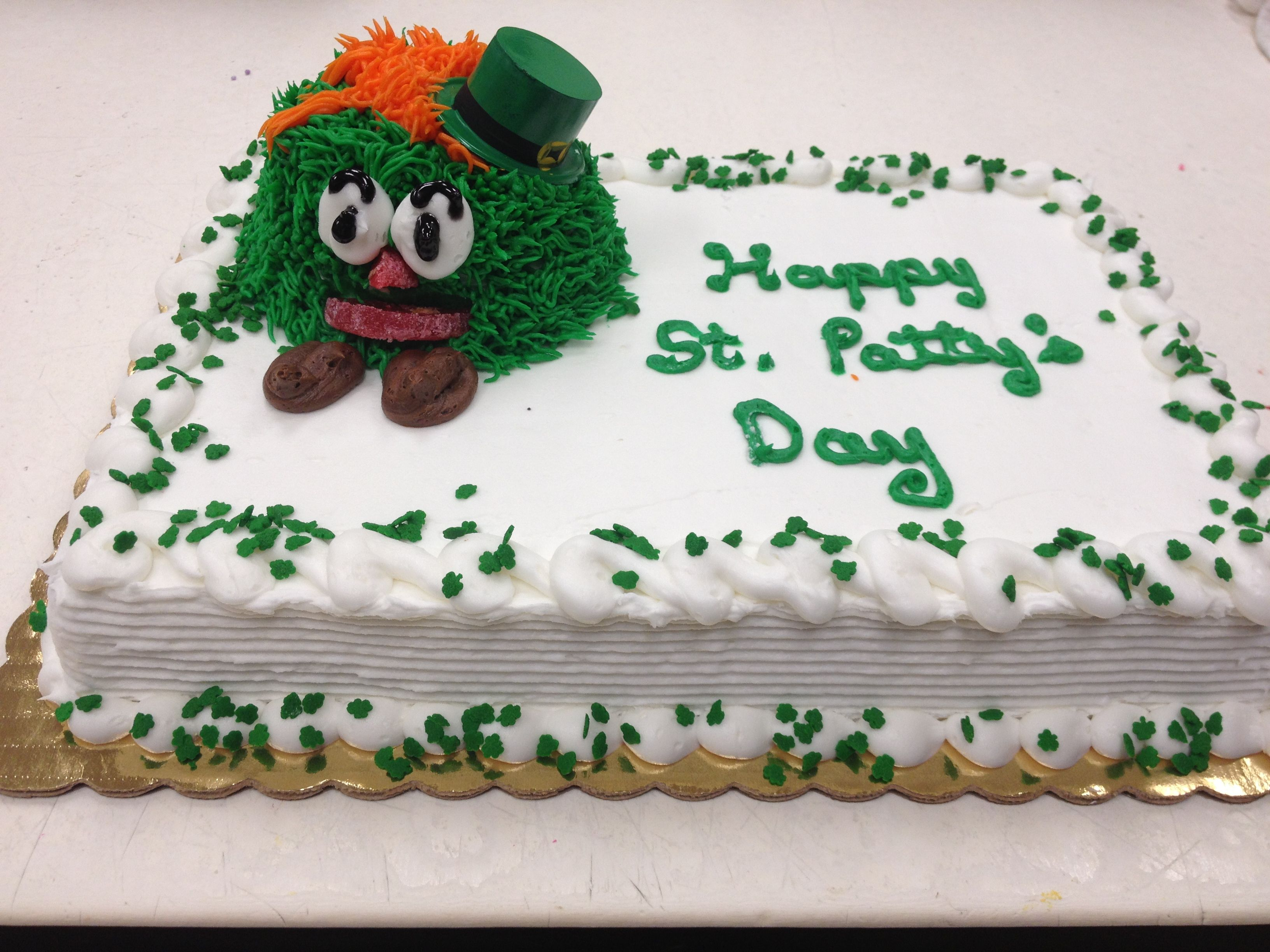 Remarkable St Patricks Day Cakes You Can Get These At Franks Piggly Wiggly Personalised Birthday Cards Vishlily Jamesorg
