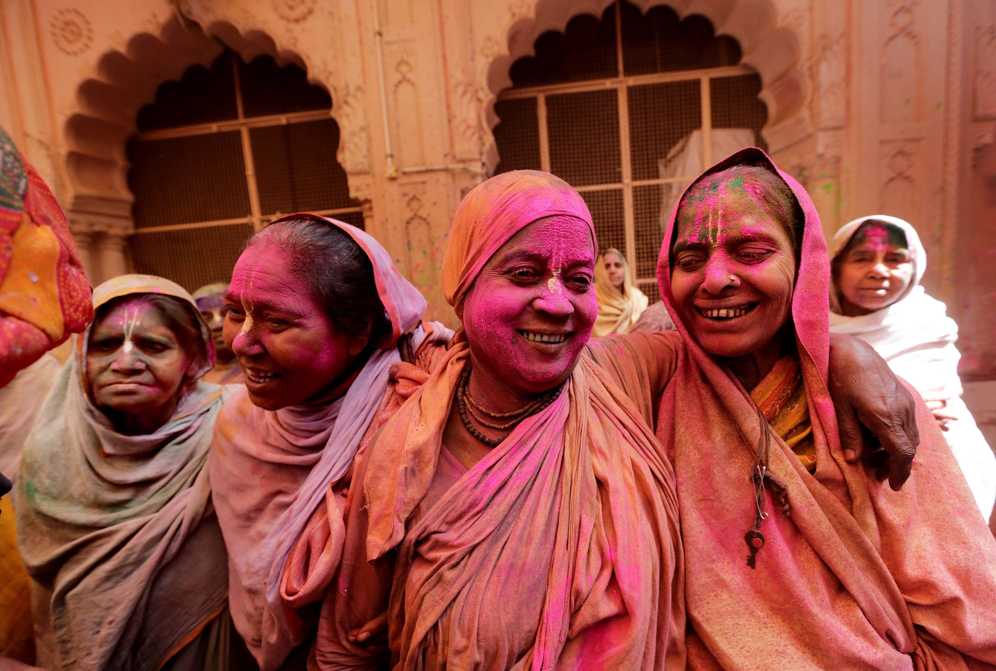 Indian widows celebrate Holi festival - in pictures | Holi