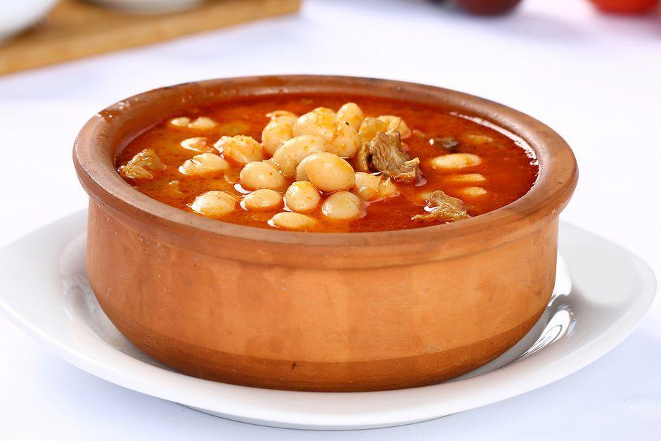 No Solo Percebes Donde Comer En La Montana Gallega Recetas De Frijoles Frijoles Al Horno Recetas