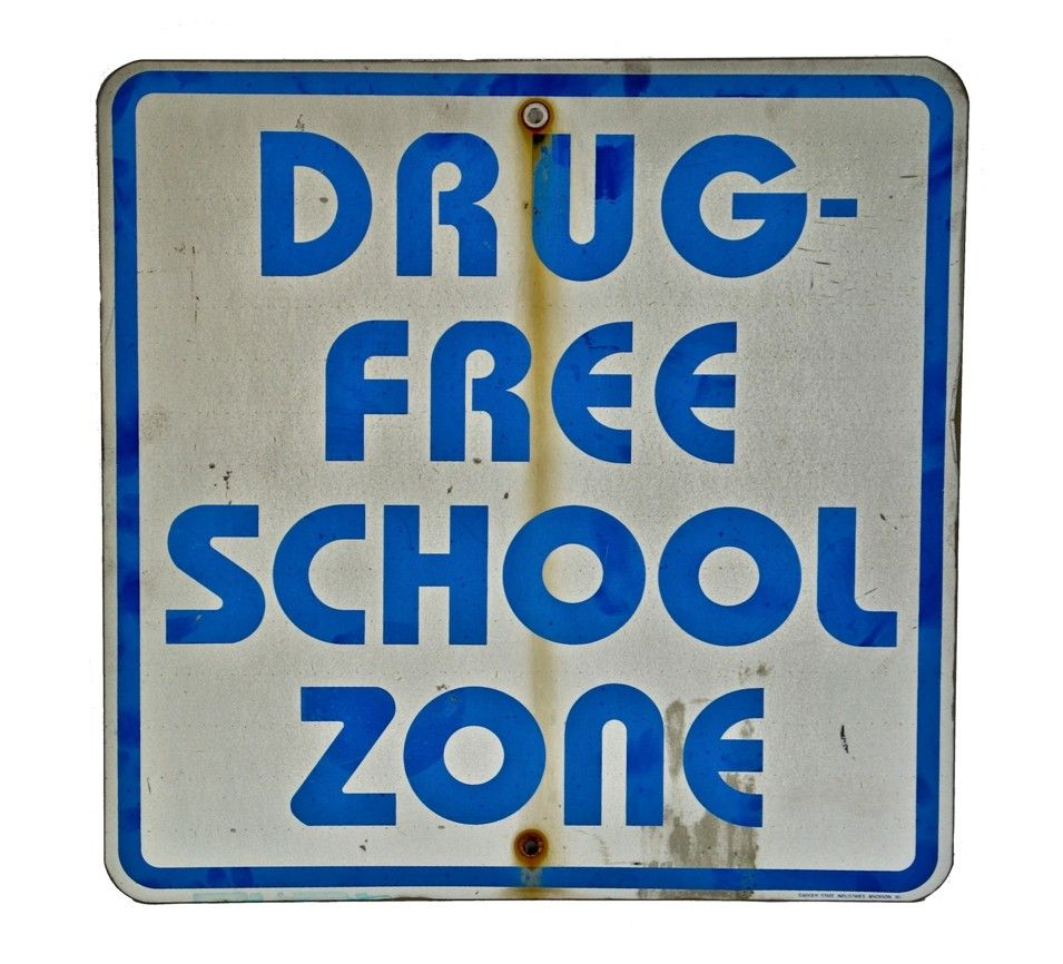 Single sided stamped aluminum drug free school zone milwaukee single sided stamped aluminum drug free school zone milwaukee street sign with bold aiddatafo Image collections
