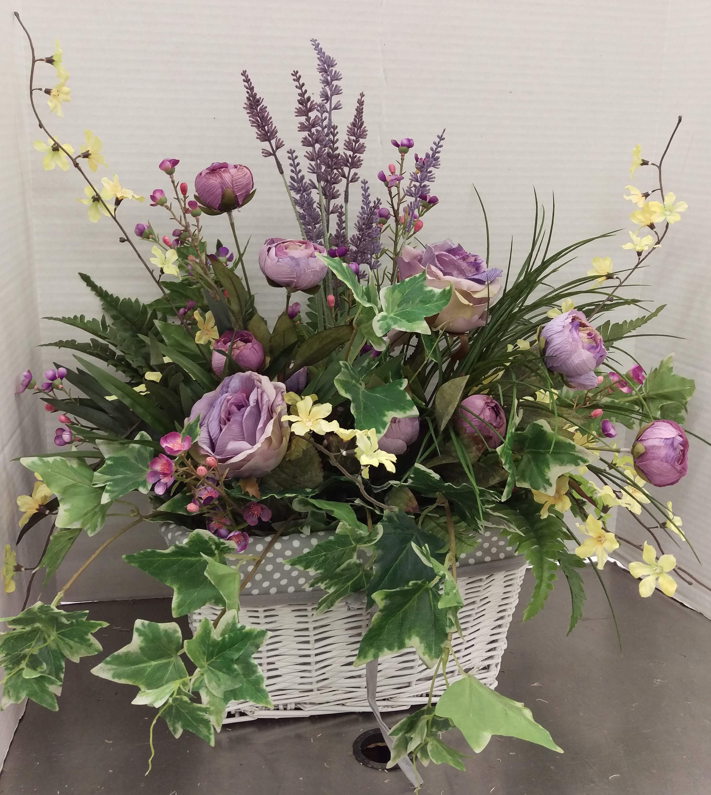 Spring 2017 By Randi Sheldon At Michaels 1600 In 2020 Artificial Flower Arrangements Summer Flower Arrangements Fresh Flowers Arrangements