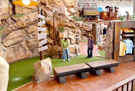 Moose Mountain Adventure Golf Mall Of America Mall Of America Adventure Golf Family Vacation Spots