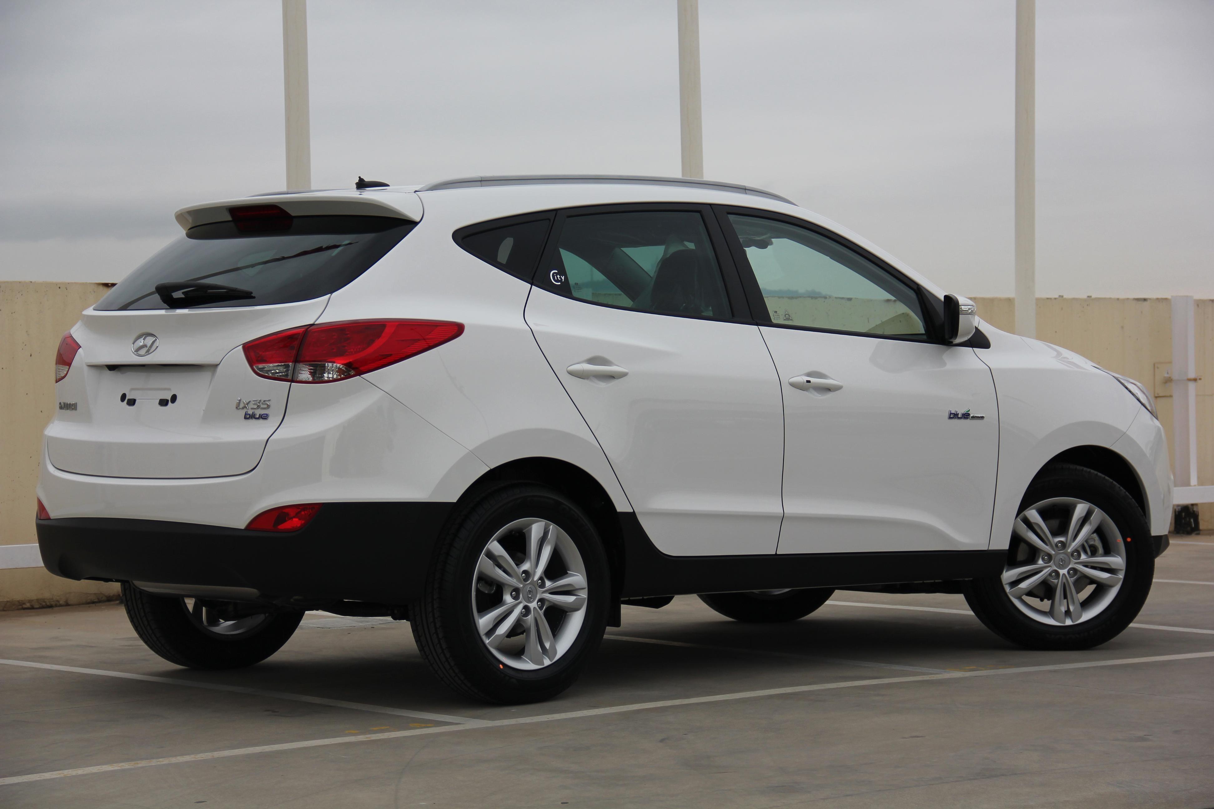 Pin Em Hyundai Ix35 Km0 En Oferta Blanco
