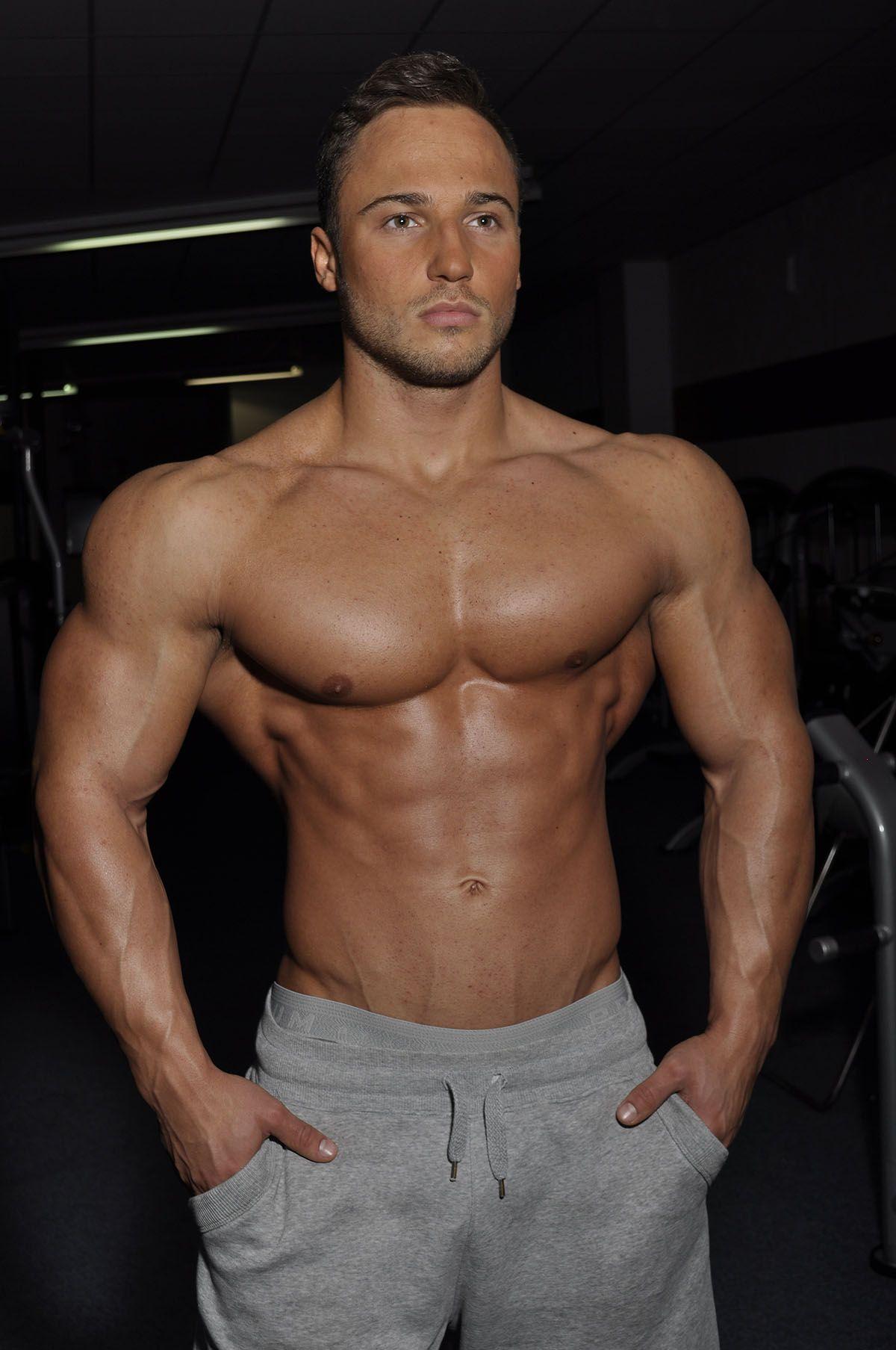 Die 10 Besten Ideen Zu Male Fitness Models Jungs Model Training Echt Jetzt