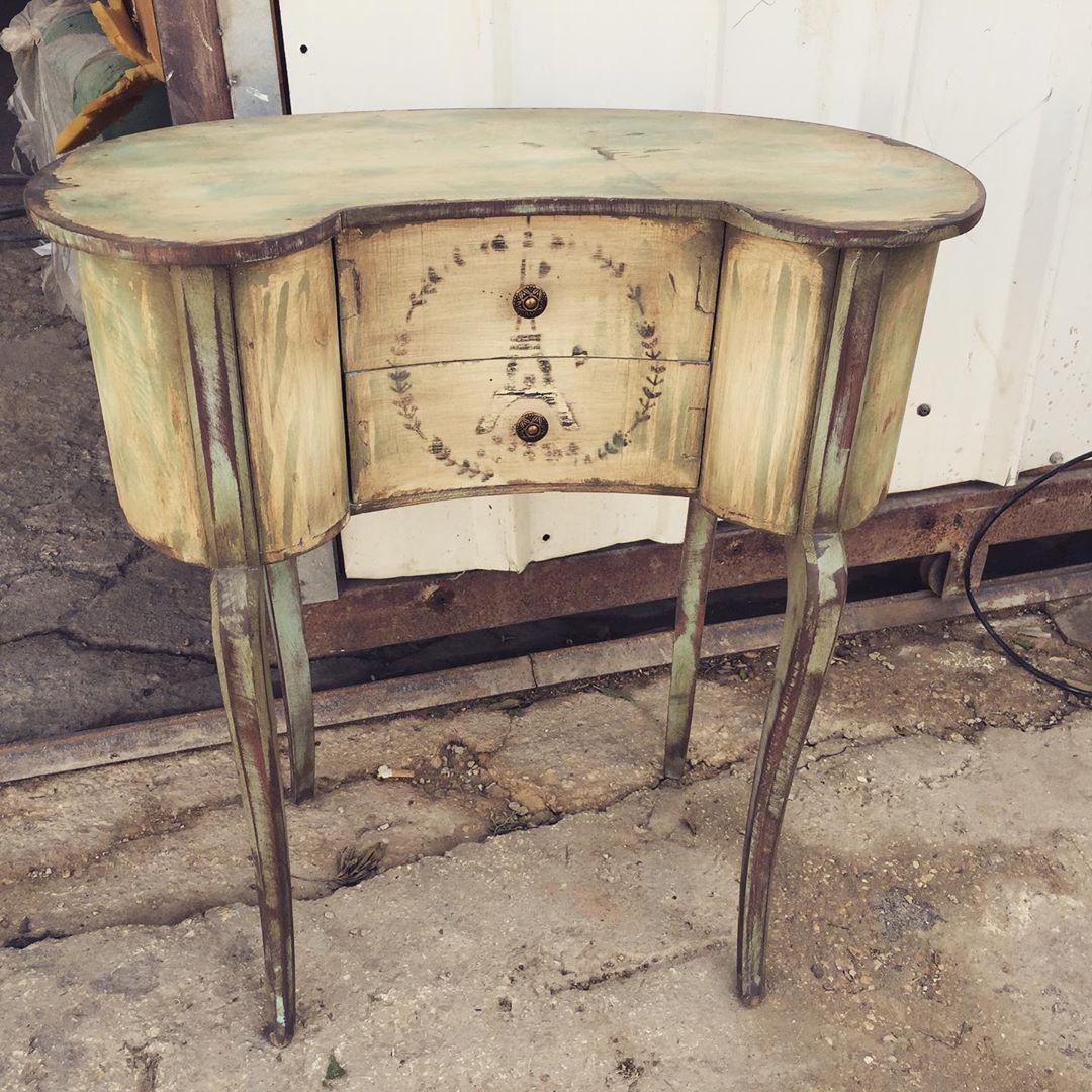 """Ahmed on Instagram: """"#vintage #furnitureartist #artist #oldwood #furnituredesign #style #antique #frenchcountrystyle #decoration #color #furnituremakeover…"""""""