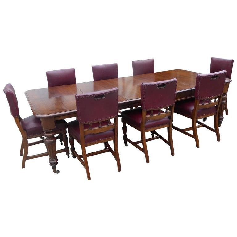 19th Century Victorian Oak Extending Table And Eight Dining Chairs