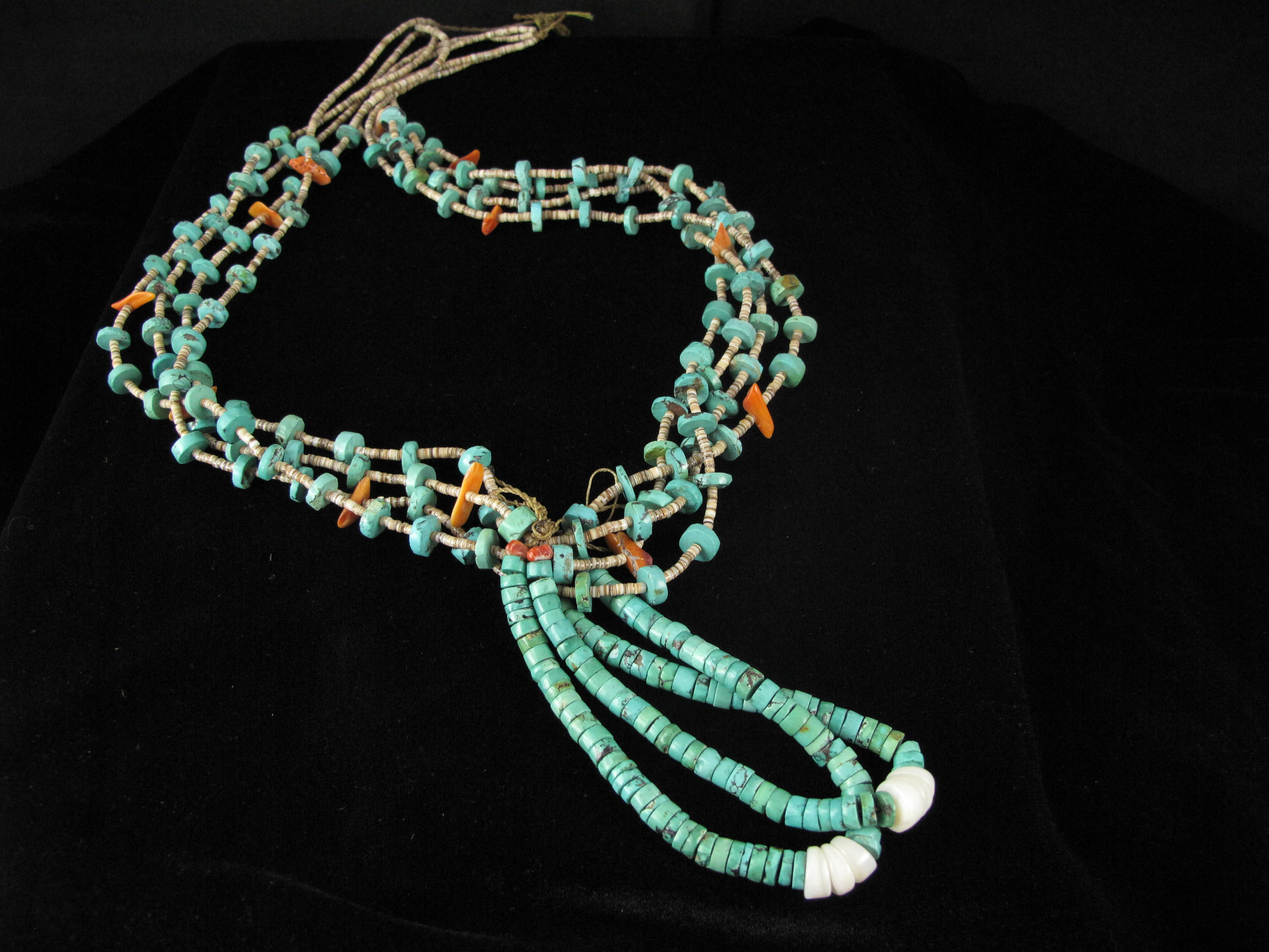 Traditional Santo Domingo Necklace