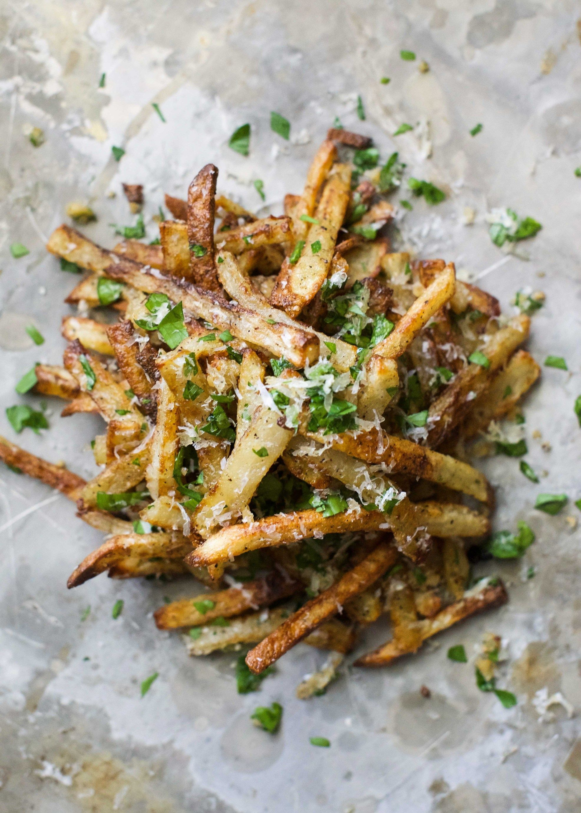Oven Baked Garlic Parmesan French Fries Recipe Parmesan French Fries Baked Garlic Fries In The Oven
