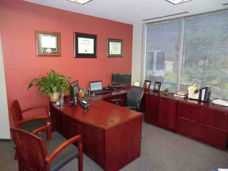 Attrayant Financial Advisor Office