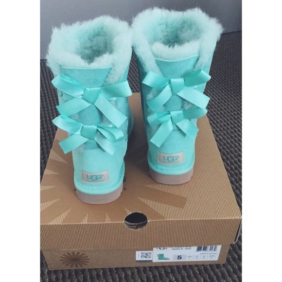 Bailey Bow Ugg - Mint / Aqua / Tiffany Blue NWT