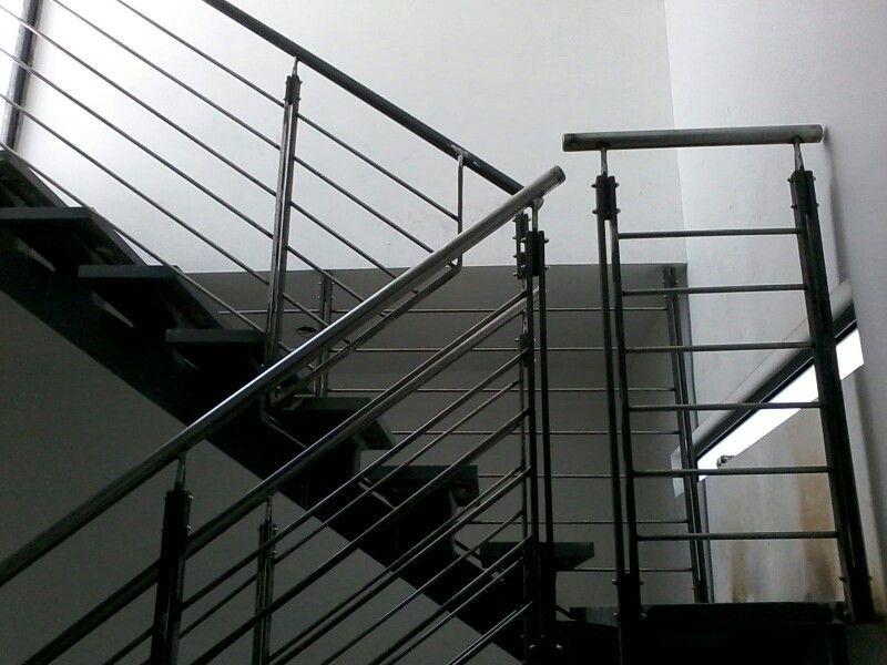 Escalera de vista lateral
