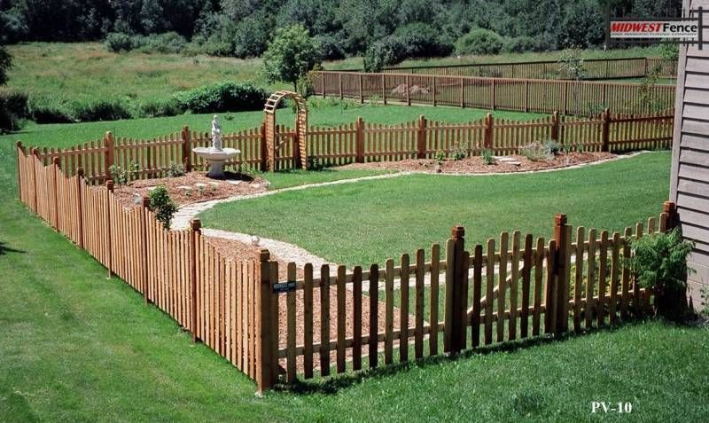 Virginian Wood Picket Fence Farmhouse Grounds Wood