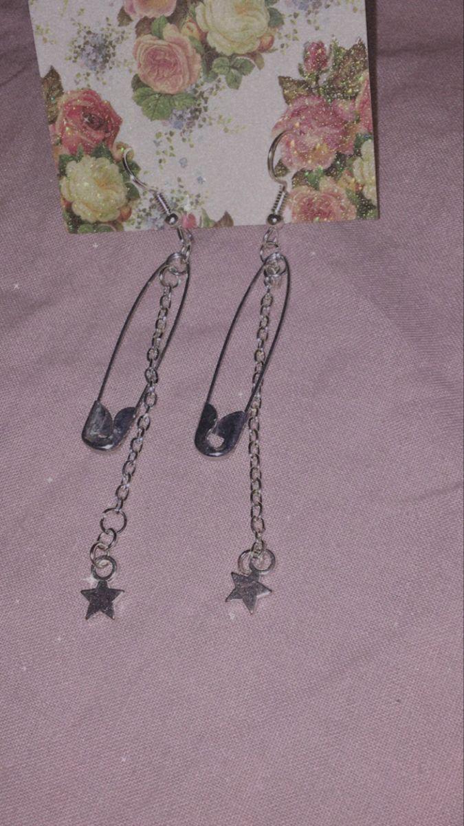 Alt star earrings