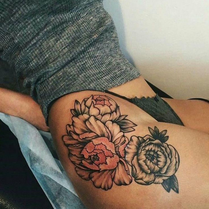 Women thigh tattoos on pinterest female thigh tattoos for Tattoos for women s thighs