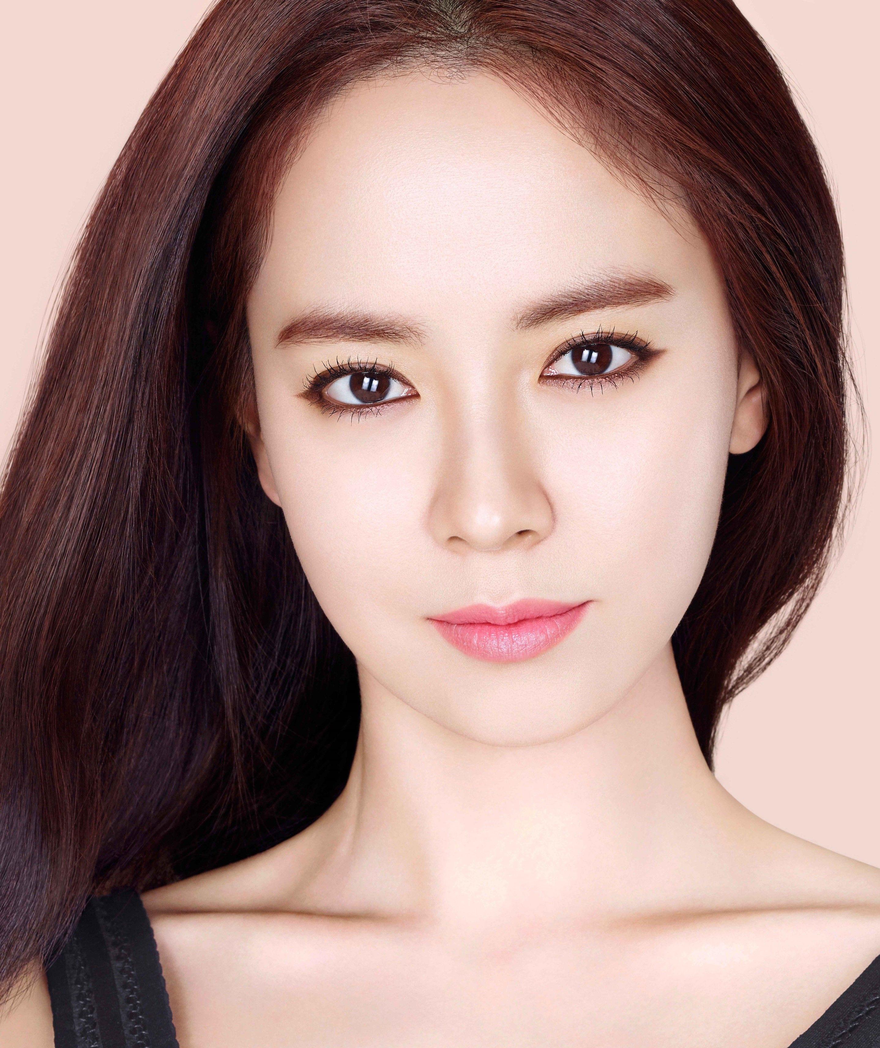 Ji-hyo Song Nude Photos 21