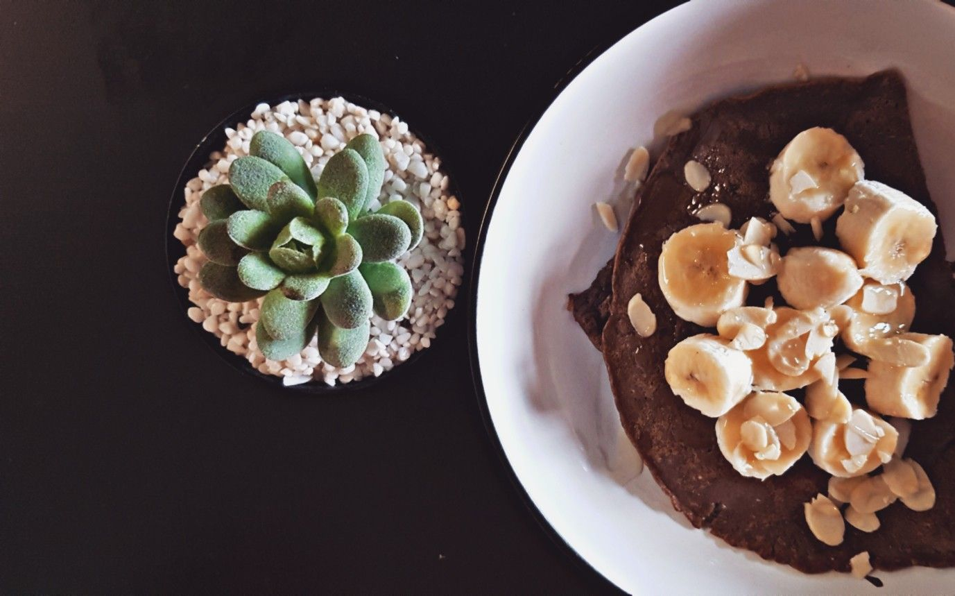 Pancakes made with chocolate protein powder #proteinpowderpancakes