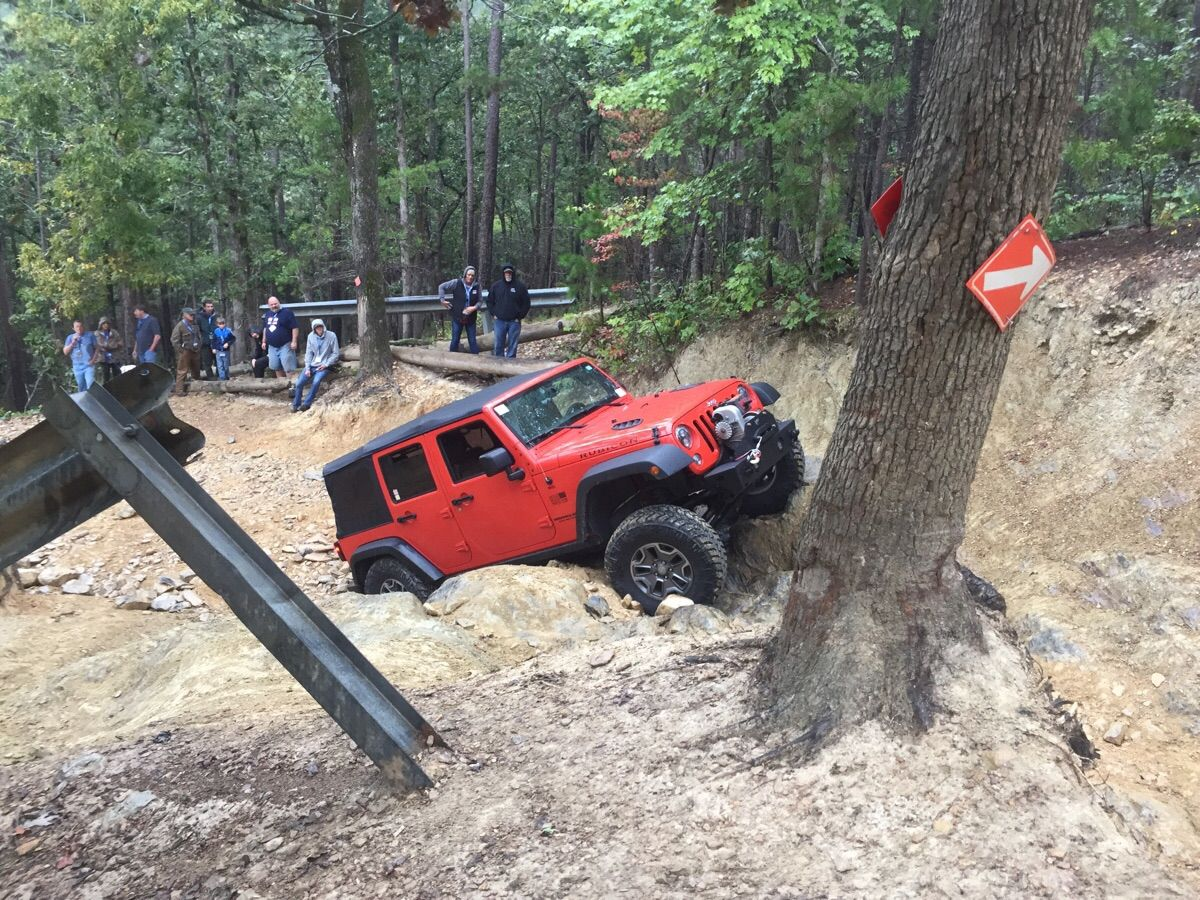 Jeep Trails Crawling The Gatekeeper On Daniel Trail At The Uwharrie Jeep