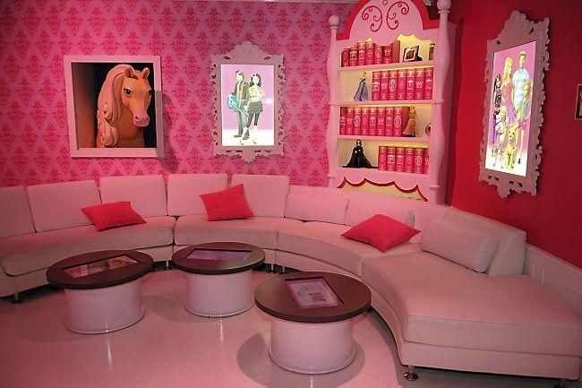 http://extras.mnginteractive.com/live/media/site569/2014/0211/20140211__BarbieDreamhouse_livingroom.jpg