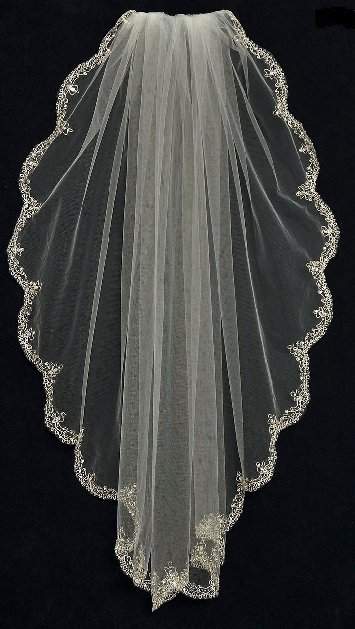 Extraordinary Fingertip Length Wedding Veil With Beaded Silver Scallop Embroidery