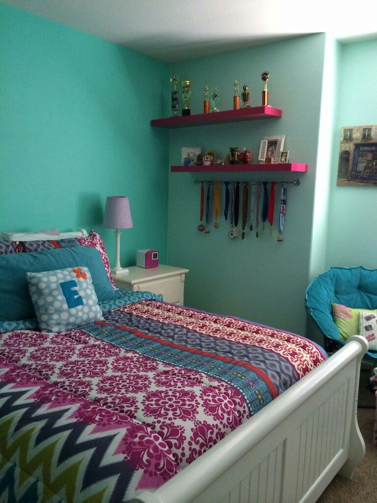 Trophy Room Design Ideas: Ribbon And Trophy Bedroom Ideas Image By Emily Bosch