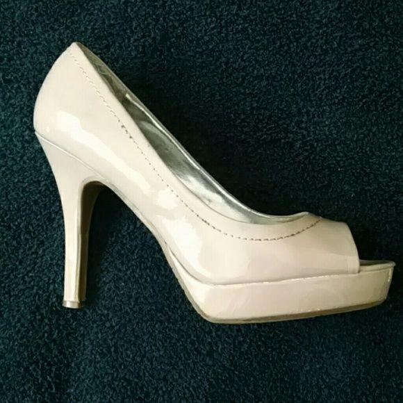 Candies nude peep toe heels, size 9.5 Candies nude peep toe heels ...
