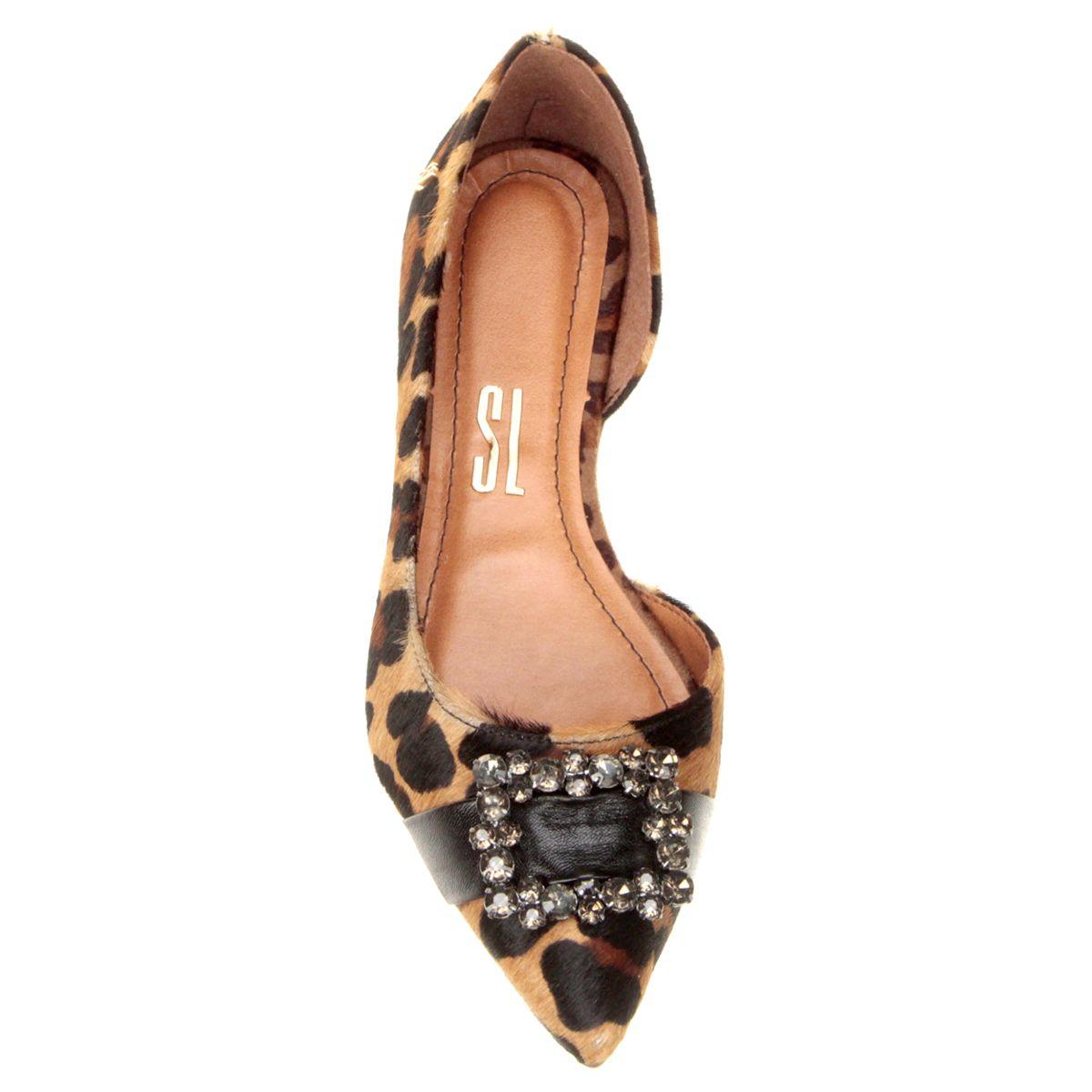 8272eb499 Compre Sapatilha Santa Lolla Bico Fino Recorte Onça na Zattini a nova loja  de moda online da Netshoes. Encontre Sapatos, Sandálias, Bolsas e  Acessórios.