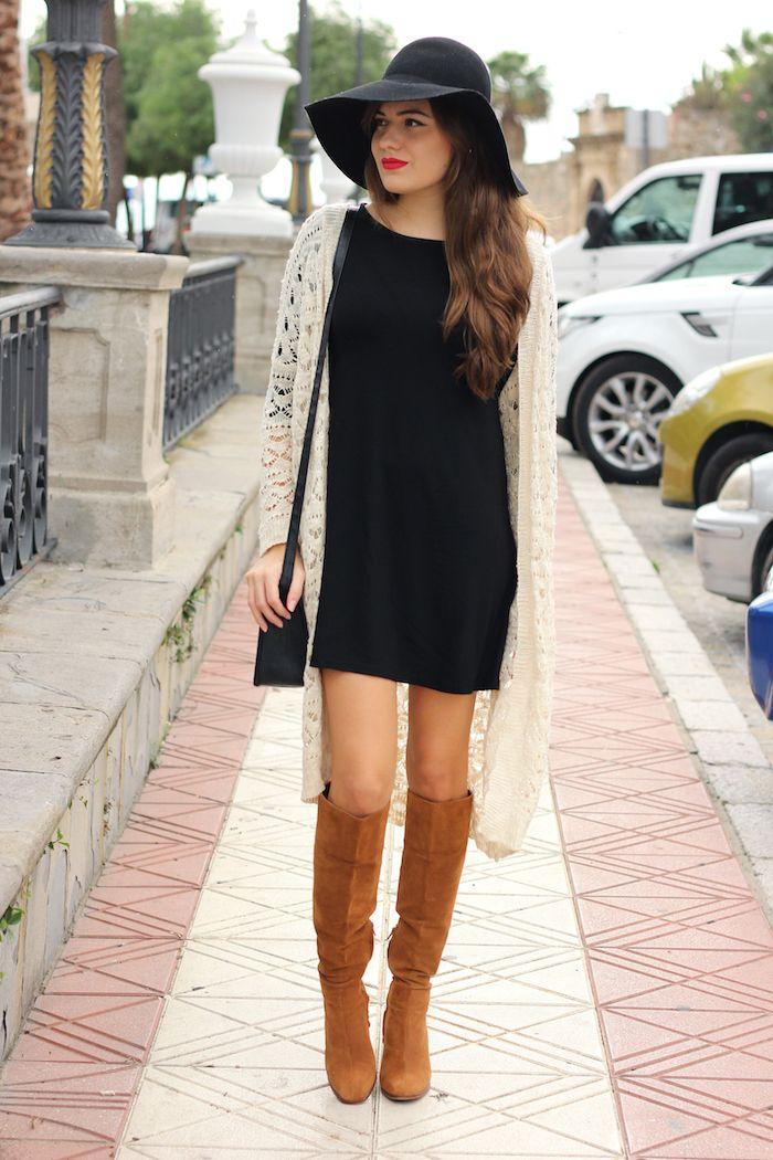 Outfit vestido negro otono