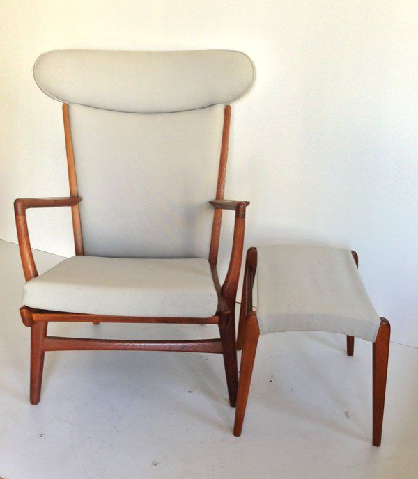 hans wegner lounge chair and ottoman jun 28 2013 applebrook auctions estate sales in ct wegner lounge chair chair and ottoman chair pinterest