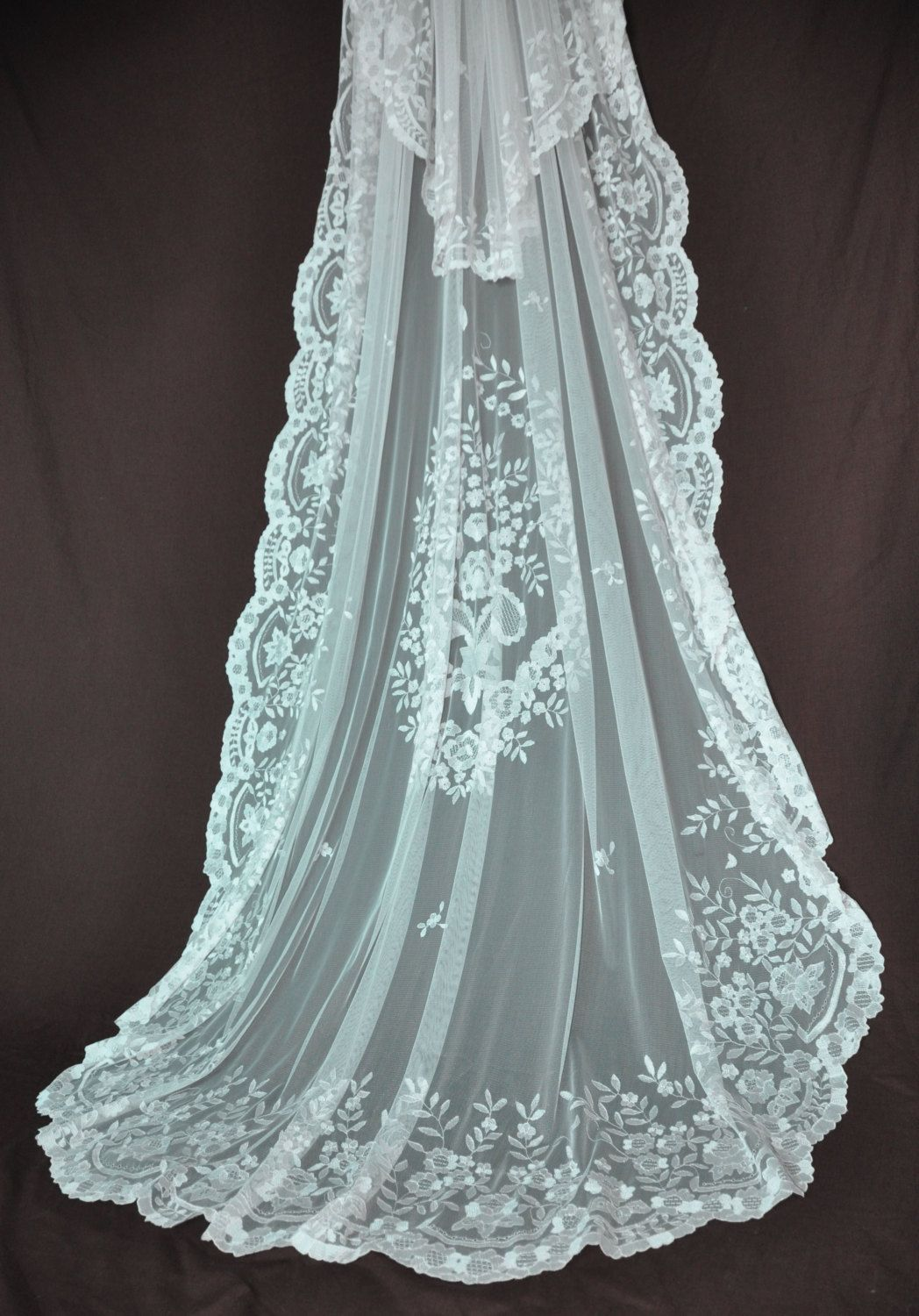 100% Hand embroidered lace bridal chapel veil, wedding veil | Chapel ...