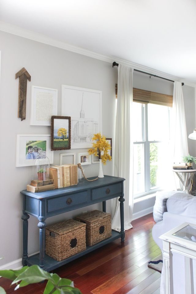 Photo of Fall Family Room – Shades of Blue Interiors