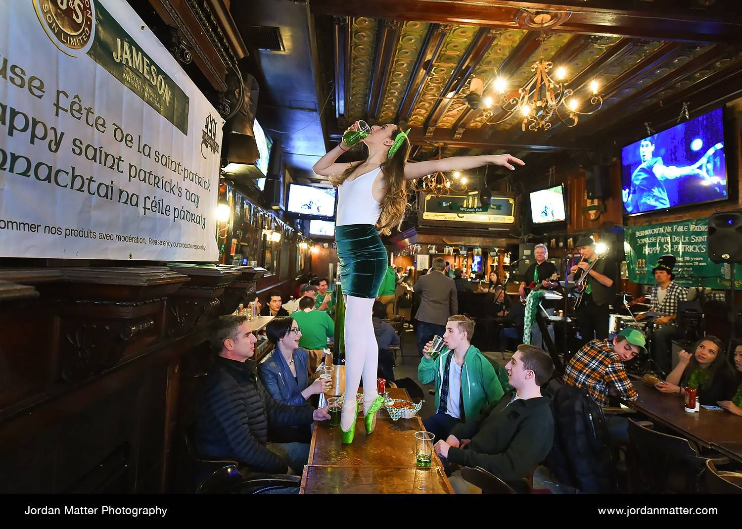 Dancer Among Us Eden Schwartz Celebrating St Patrick S Day At Mclean S Pub In Montreal Dancers Among Us Dance Pictures Dance Poses