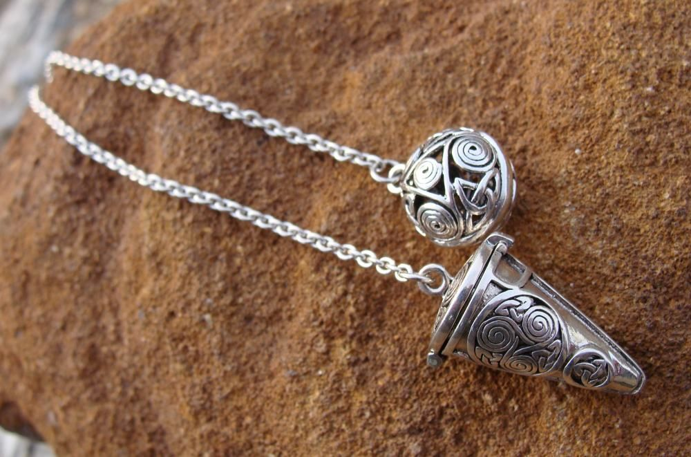 When used for divination, the pendulum acts as an amplifier