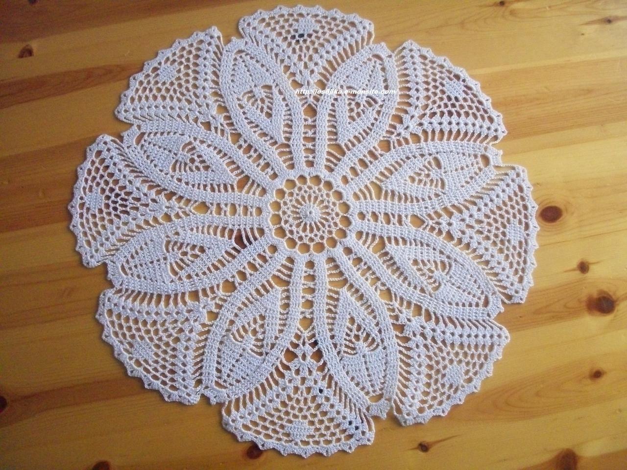 Site de crochet et napperons ronds et grilles gratuites cr ations crochet fait main crochet - Exemple d album photo fait main ...