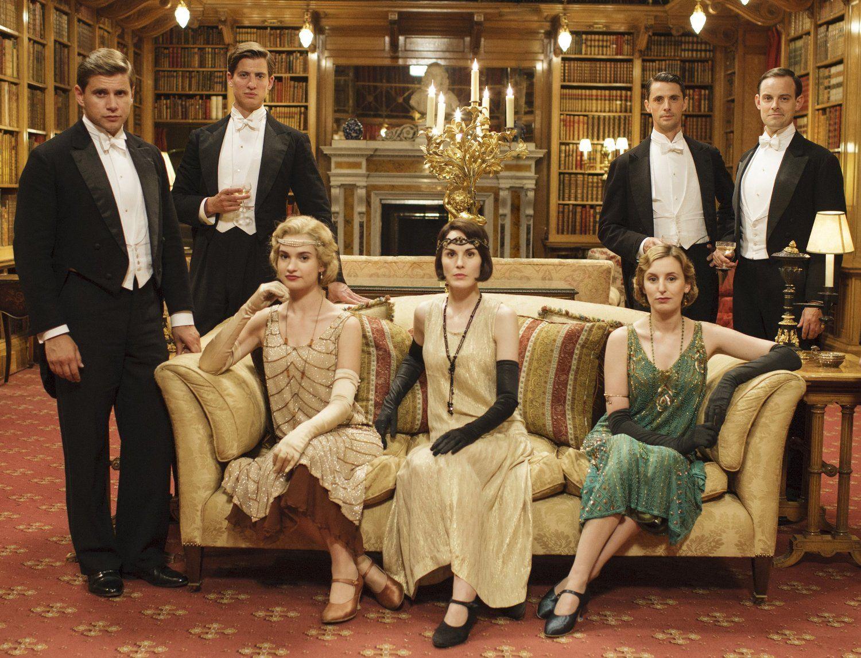 Downton Abbey Staffel Funf 4 Dvds Amazon De Dvd Blu Ray Downton Abbey Mottoparty 20er Fernsehserie