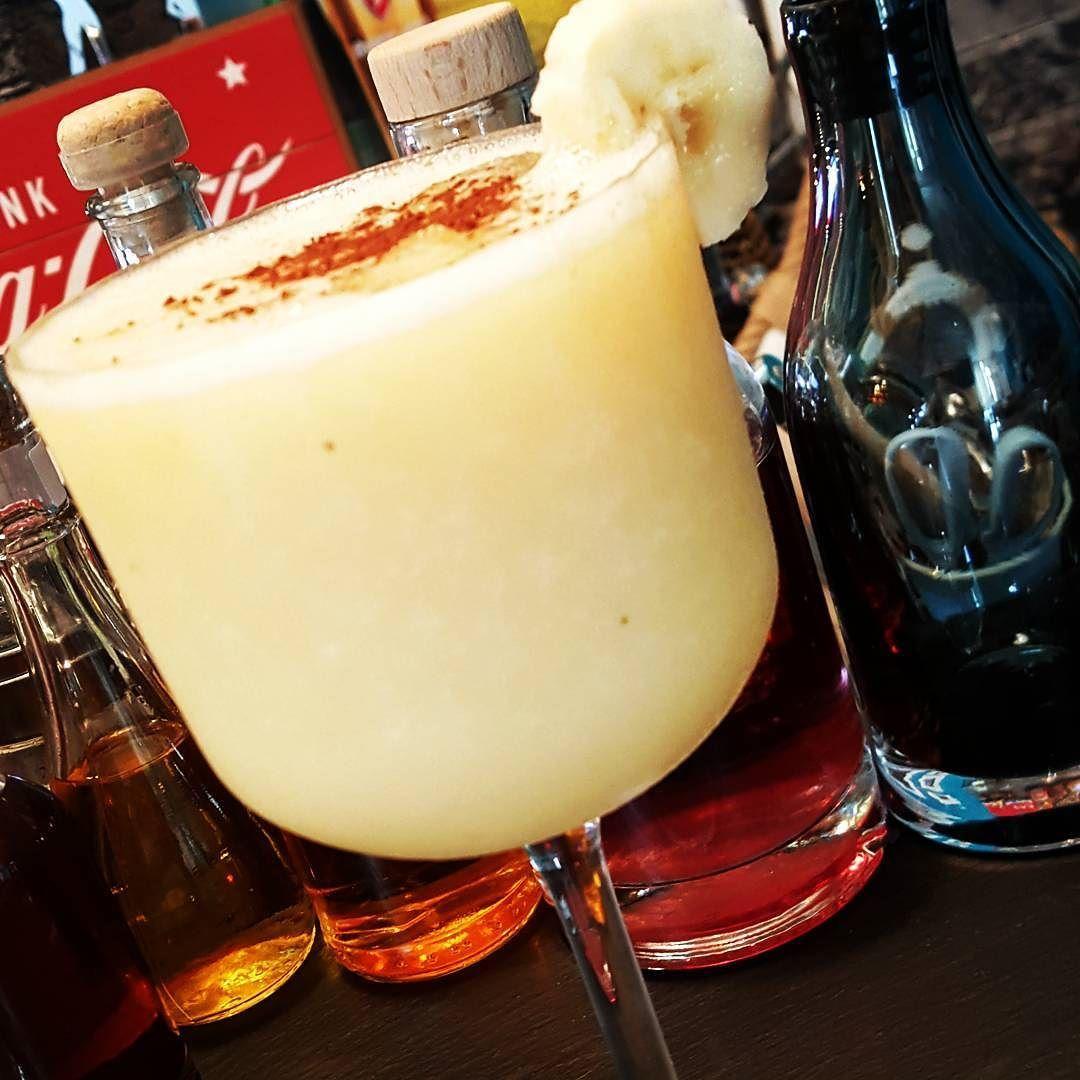 #cocktail #mixology #bartender#cocktailsagram #alchemy #drinkporn#cocktailporn #instadrink #craftcocktails
