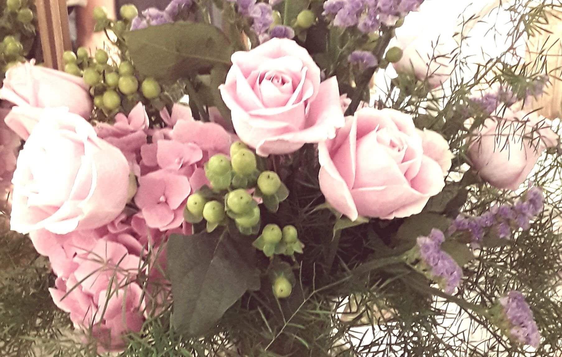 Beautiful flower arrangement made by jim from zehrs moms 80th beautiful flower arrangement made by jim from zehrs izmirmasajfo