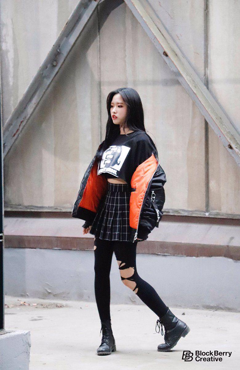 Hiphop Koreanstyle Fashion In 2019 Fashion Kpop Fashion