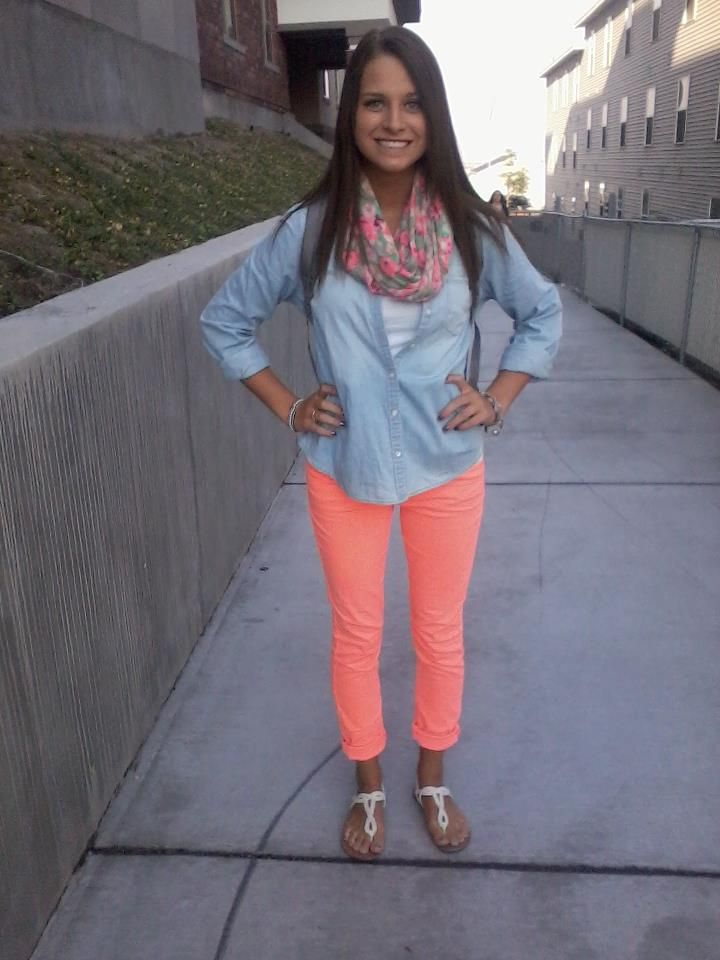 neon skinnies, denim shirt, infinity scarf :)
