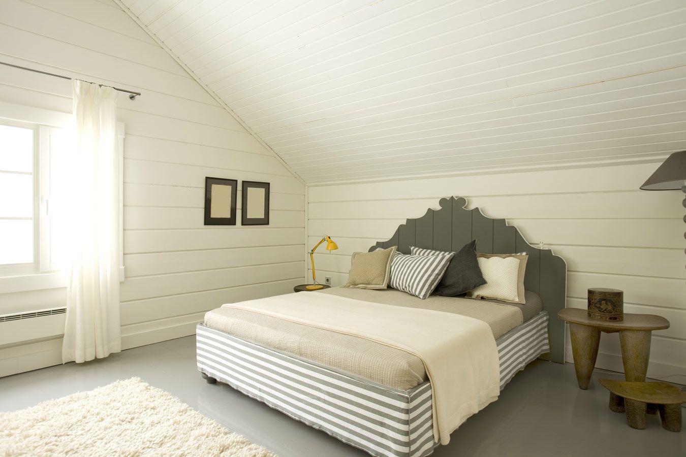 Romantische landelijke slaapkamer met houten muren slaapkamer pinterest bedrooms and house - Romantische witte bed ...
