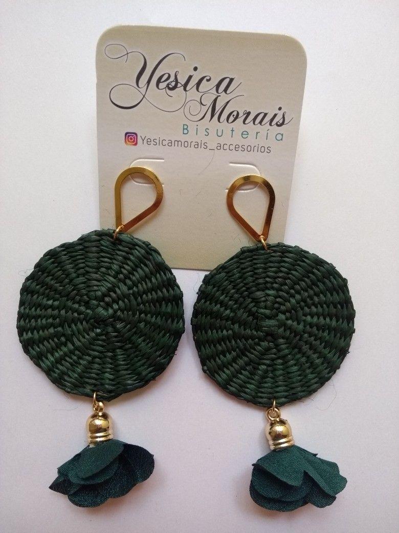 3e70eb74bc96 Aretes de Iraca en verde ) disposición) Aretes Crochet
