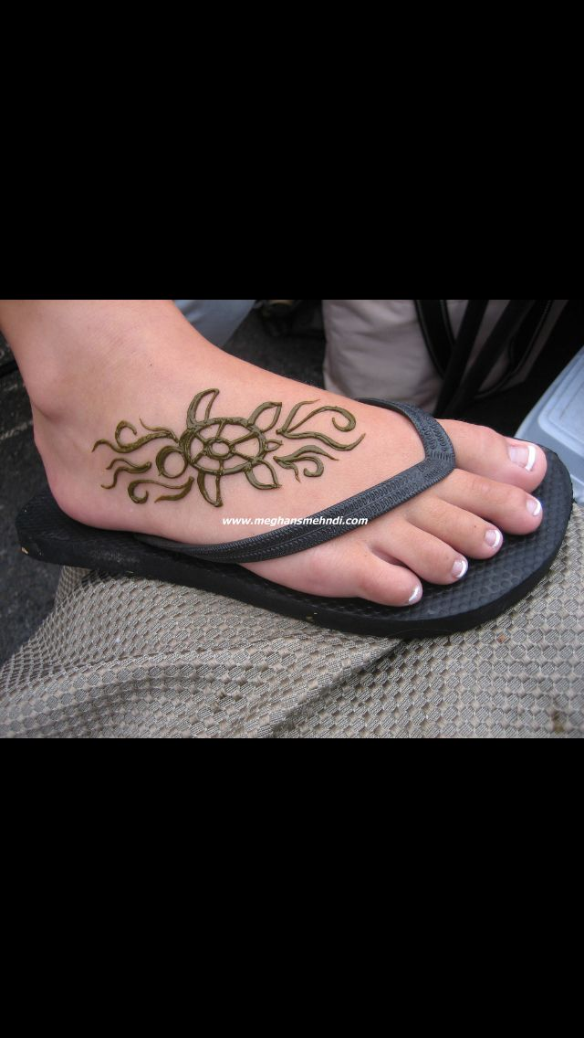 Dolphin Henna Tattoo: Turtle Tattoo And Add A Dolphin. Perfect Foot Tattoo