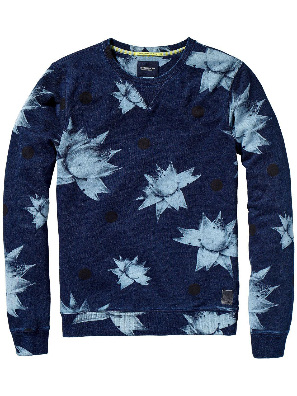 15841658a9d74 Il y a des sweat-shirts chauds et stylés pour tout le monde dans l e-shop  officiel de Scotch   Soda Scotch   Soda