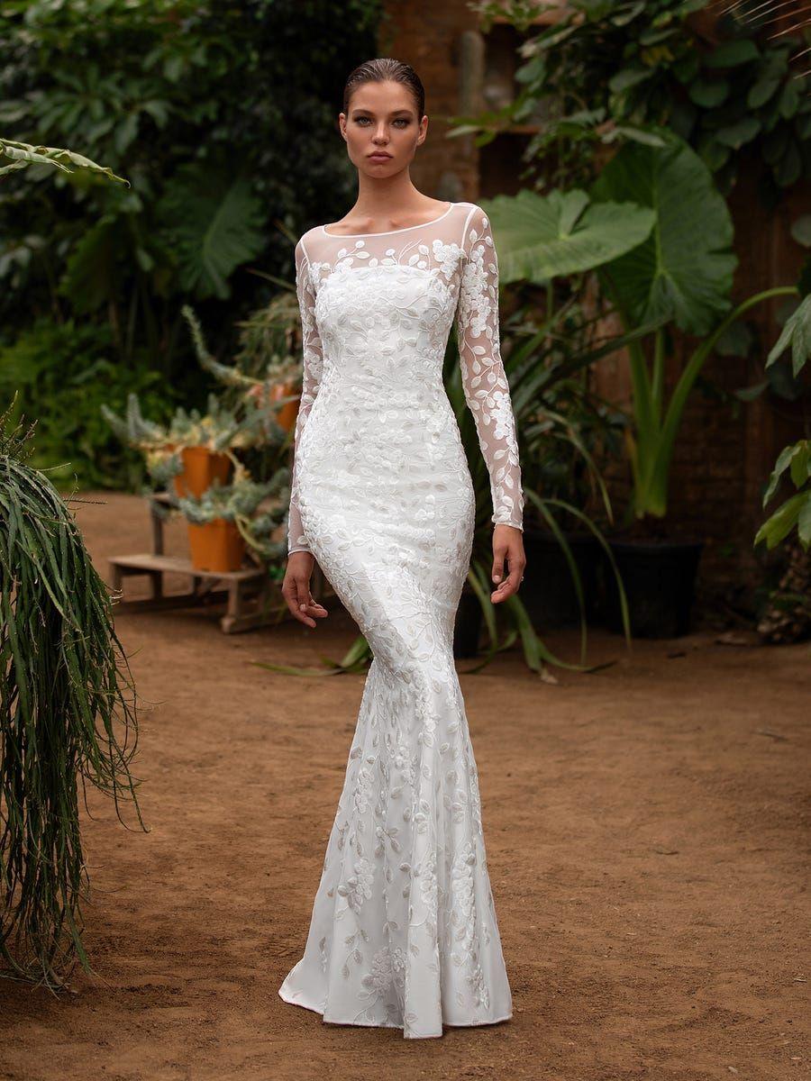 Mermaid Wedding Dress With Boat Neck Zac Posen For White One Womens Wedding Dresses Wedding Dresses Second Wedding Dresses [ 1200 x 900 Pixel ]