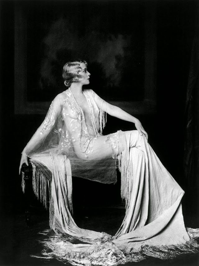 vintage everyday: Beautiful Portraits of Ziegfeld Follies Showgirls
